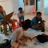 Photo taken at Pranoto's Gallery by Hendra K. on 9/21/2013