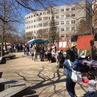 Foto tomada en Squires Student Center por Lloyd B. el 4/6/2013
