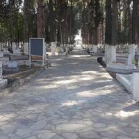 Photo taken at Dikili Mezarlığı by Hamdi D. on 10/22/2017