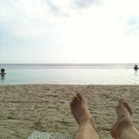 Photo taken at Papagayo Beach Resort by Arno v. on 10/13/2012