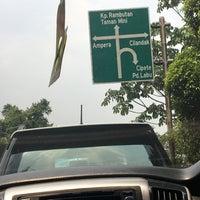 Photo taken at Perempatan Cilandak KKO (Trakindo) by Doni H. on 9/16/2017