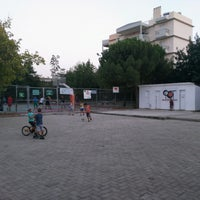Photo taken at Γηπεδο Basket ΦΟΤ ΧΑΛΑΝΔΡΙΟΥ by Estorial C. on 9/1/2016