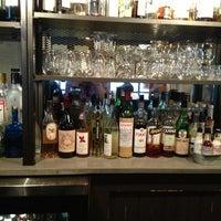 Foto tirada no(a) Cooperage Wine & Whiskey Bar por Ryan K. em 8/9/2013