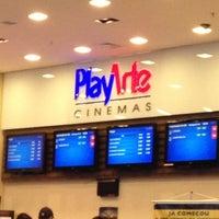 Foto tirada no(a) PlayArte Cinemas por Táshira A. em 10/21/2012