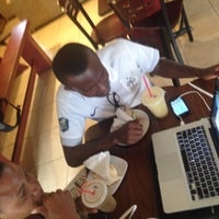 Photo taken at NourishLab Smoothy's by Emmanuel A. G. on 4/2/2015