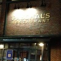 Das Foto wurde bei Paschal's Restaurant von Stephanie am 11/14/2012 aufgenommen
