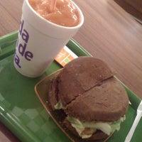 Foto tirada no(a) Saúde no Copo por Carine R. em 11/29/2012