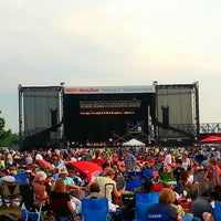 Photo taken at Memphis Sunset Symphony by Daniel B. on 5/25/2014