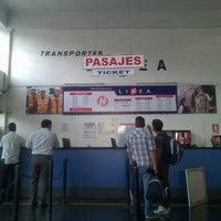 Photo taken at Transportes Línea by Victor L. on 9/8/2014