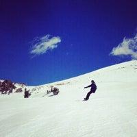 Photo taken at Mammoth Mountain Ski Resort by Rodney M. on 3/24/2013