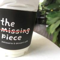 Photo prise au The Missing Piece par Mone P. le7/21/2017