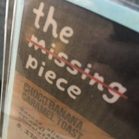 Photo prise au The Missing Piece par Mone P. le10/31/2016