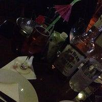 Foto tirada no(a) P4 Lounge Beer por Luisa R. em 5/11/2014