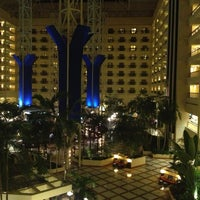 Photo taken at Renaissance Orlando at SeaWorld® by Amy M. on 12/22/2012