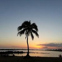 Foto tomada en Poipu Beach por ernie e. el 3/8/2013