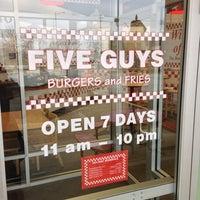 Photo taken at Five Guys by Ruben G. on 12/6/2012