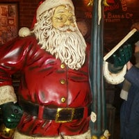 Photo taken at The Frank Tavern Irish Pub by Daniel R. on 12/26/2013