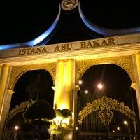 Photo taken at Istana Abu Bakar by AidaRaihan. on 8/13/2016