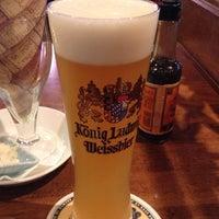 Photo taken at Beer Kitchen AOSHIMA 貿易センタービル店 by Takeru on 6/19/2013