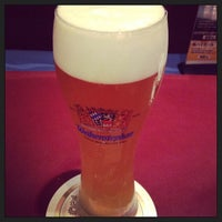 Photo taken at Beer Kitchen AOSHIMA 貿易センタービル店 by Takeru on 4/2/2013