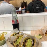 Foto scattata a Los Tacos No. 1 da Queise G. il 6/20/2018