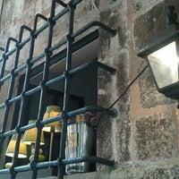 Foto tirada no(a) Wanda Restaurant por Arto P. em 9/9/2014