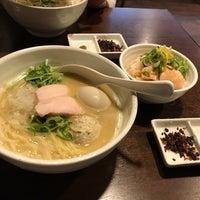 Photo taken at らーめん 銀杏 by 萩原 稜. on 2/19/2017