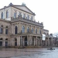 Das Foto wurde bei Opernplatz von Felix G. am 1/5/2013 aufgenommen