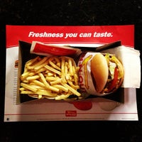 Photo taken at In-N-Out Burger by Darshan R. on 3/16/2013