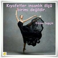 Photo taken at kitap okumakta by Dilek M. on 9/19/2016