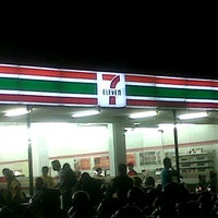 Photo taken at 7-Eleven by Ino V. on 2/22/2013
