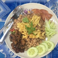 Photo taken at ศูนย์อาหารมานา (MN) Manna Food Center by Ball Z. on 3/24/2017