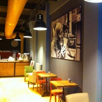 2/11/2014 tarihinde Yalcin C.ziyaretçi tarafından 180° Coffee Bakery'de çekilen fotoğraf