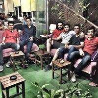 Photo taken at Bahçe Cafe & Bilardo by Mert G. on 6/8/2017