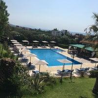 Photo taken at Καλύβες Πολυγύρου by Ahmet M. on 8/20/2017