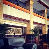 Photo taken at 石龙金凯悦大酒店 Gladden Hotel Shilong by Dj Stutter on 10/25/2012