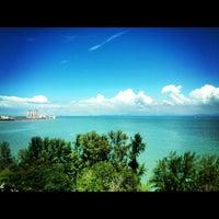 Photo taken at Evergreen Laurel Hotel by William Lye Wei Wern on 11/22/2012