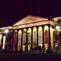 Photo taken at State Library of Victoria by William Lye Wei Wern on 3/31/2013