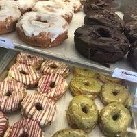 11/25/2017にChase V.がNomad Donutsで撮った写真