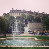 9/29/2013にSerge_atがPlace de Neuveで撮った写真