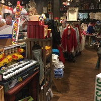 Photo taken at Cracker Barrel Old Country Store by Joe H. on 12/10/2016