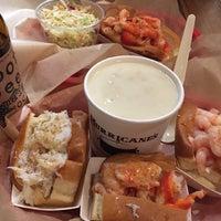 Foto scattata a Luke's Lobster da Stacy A. il 3/9/2018