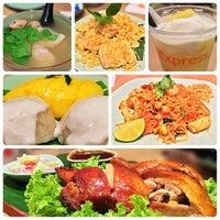 รูปภาพถ่ายที่ Thai Express โดย Libotero.com S. เมื่อ 7/21/2014