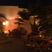 Foto tirada no(a) Restaurante L'Atelier por Raquel Q. em 9/7/2014