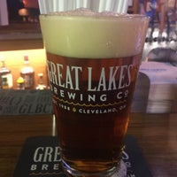 Photo taken at Linwood Inn Taphouse and Pizza by David on 11/23/2016
