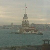 Das Foto wurde bei Üsküdar Deniz Feneri von Nigar Ç. am 1/11/2013 aufgenommen