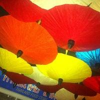 Foto tirada no(a) K Thai Bar por Thais L. em 10/13/2013