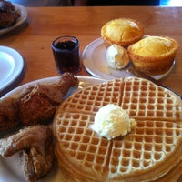 Photo taken at Lo-Lo's Chicken & Waffles by Marq A. on 9/27/2012