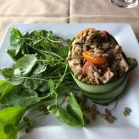 Photo taken at Hearthstone Restaurant by Arlene M. on 5/27/2017