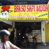Photo taken at Bakso Sapi Muda by Hero M. on 4/9/2014